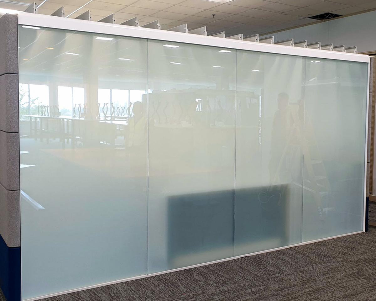Frameless-Pod-Glass