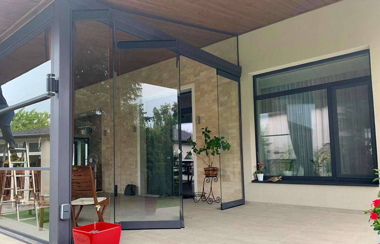 Glazed porch_residential
